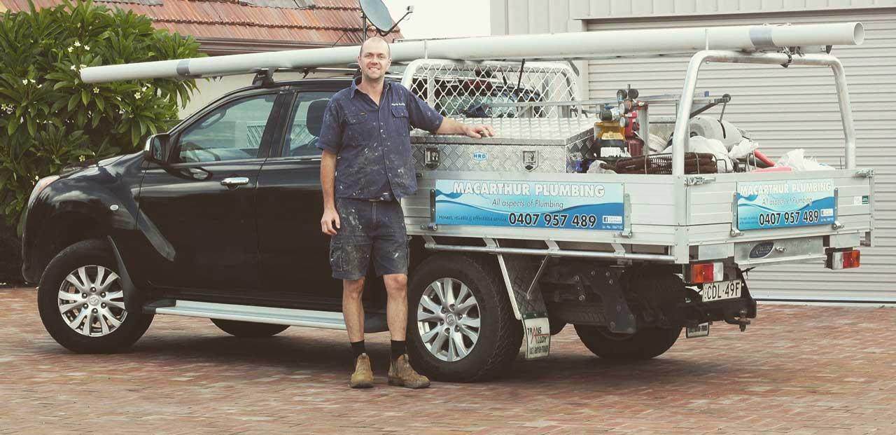 Kiama Plumber, Dave Carpenter at his plumbing ute.